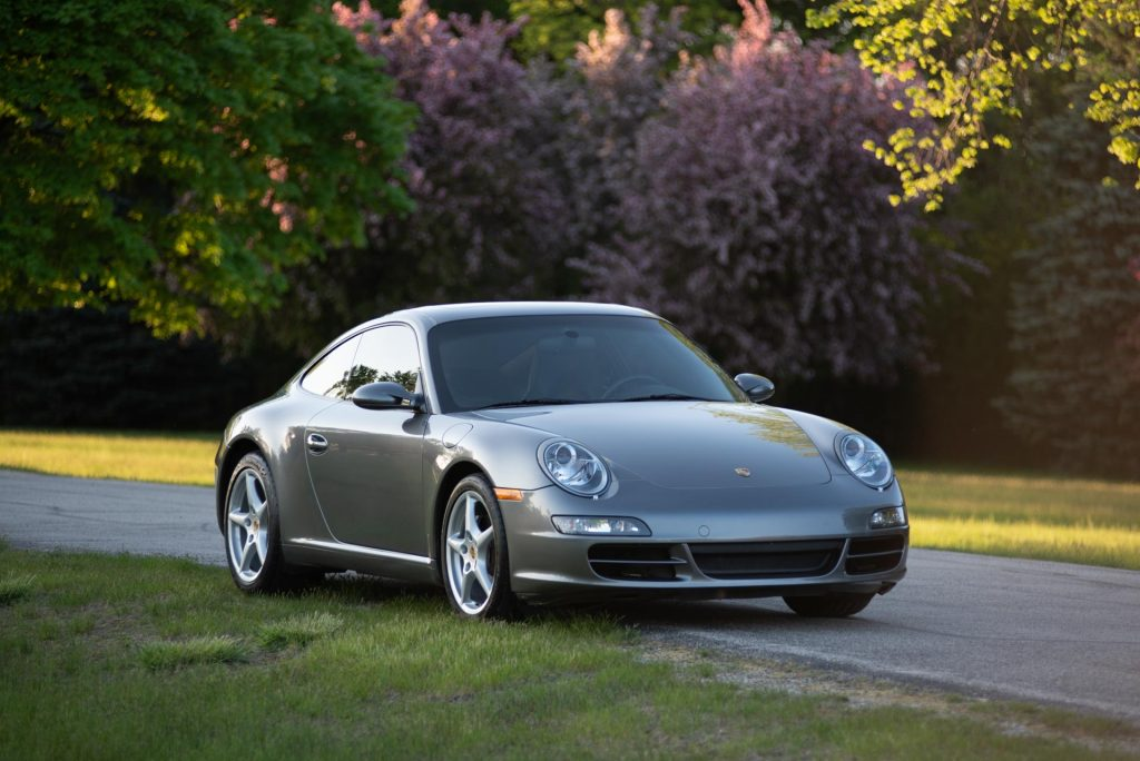 2007 Porsche 911 997 Carrera Manual Coupe in Meteor Gray For Sale