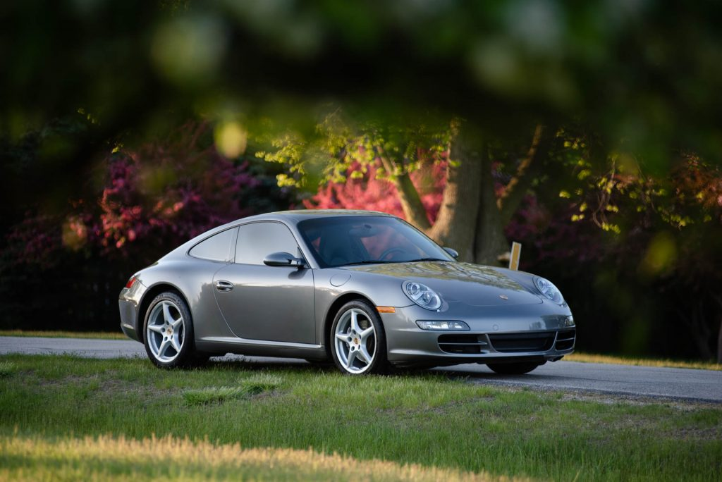 2007 Porsche 911 997 Carrera Manual Coupe in Meteor Gray For Sale